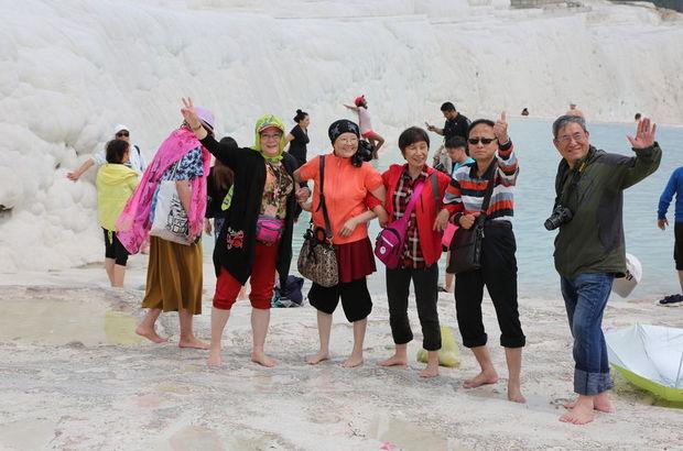 Egeli turizmcinin yüzü 3 günlük tatille güldü