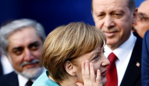 Merkel Gümrük Birliğini güncellemek için çaba göstermeyeceğiz