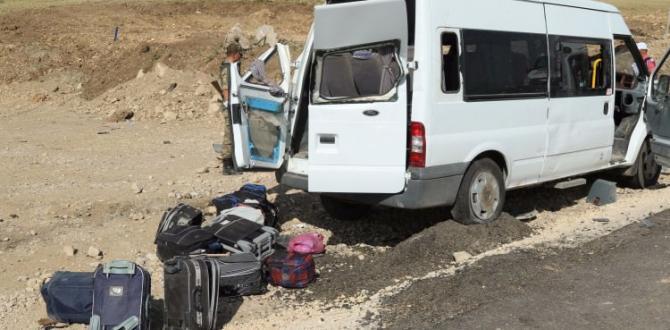 Muş'ta feci kaza! 1 ölü, 14 yaralı