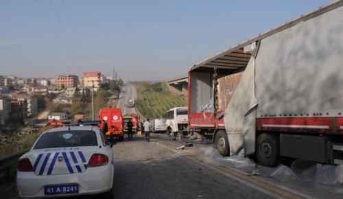 Gebze'de zincirleme kaza! Ölü ve yaralılar var