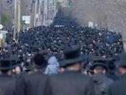 ABD'de Ünlü Haham'ın cenazesine on binler katıldı
