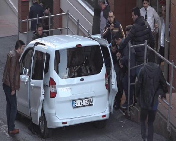 Taksim Meydanı'nda silah sesleri! Kazancı Yokuşu kapatıldı