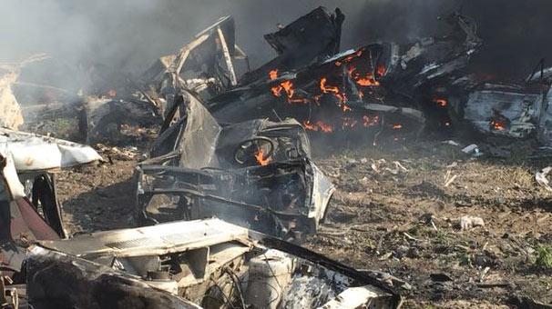 Hurda deposundaki 16 araç yandı