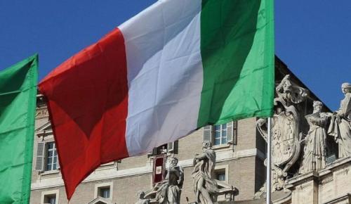 İtalya'da göçmenlere ırkçı saldırı