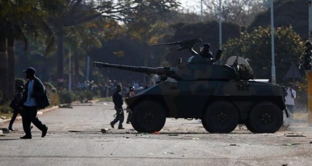 Ülkenin başkentinde silah sesleri! Asker sokakta